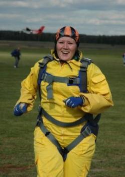 Марина - парашютист