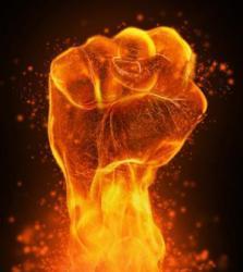 горящий кулак